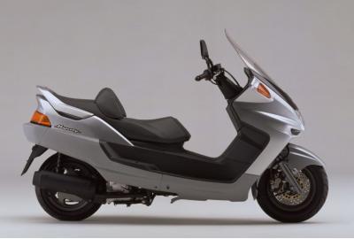 【バイク車種】ビッグスクーター・人気ランキング【人気投票】
